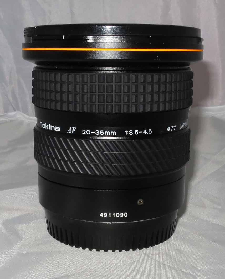 Объектив Tokina для Canon AF 20-35 mm F/3,5-4,5 б/у