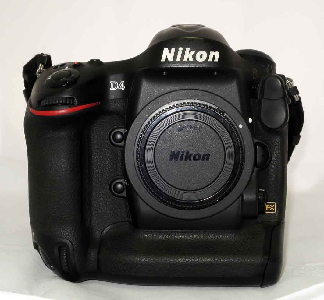 Фотоаппарат Nikon D4 body б/у