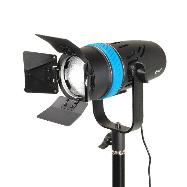 Светодиодный осветитель Falcon Eyes SpotLight 70LED BW 27398