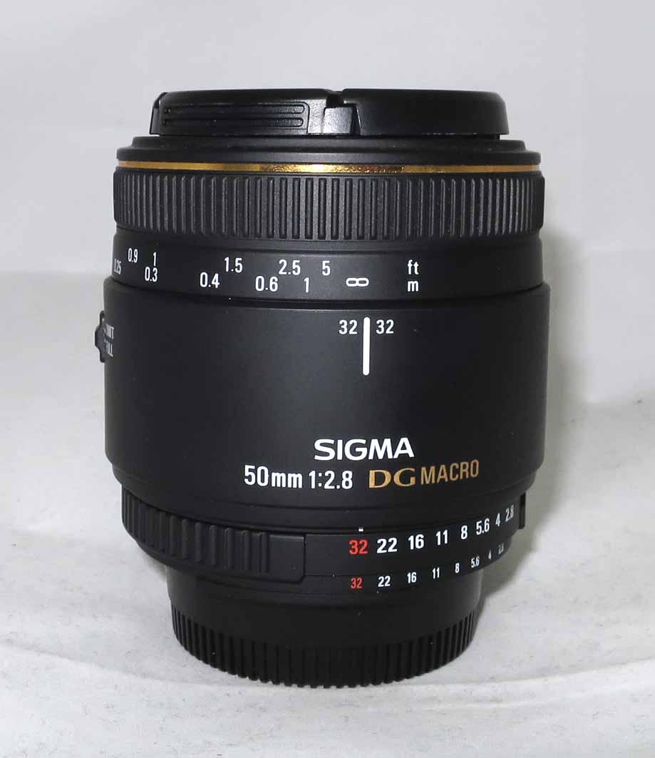 Объектив Sigma (Nikon) AF 50mm f/2,8 EX DG MACRO б/у