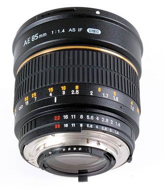 Объектив Samyang Nikon 85 mm F/1.4 AE