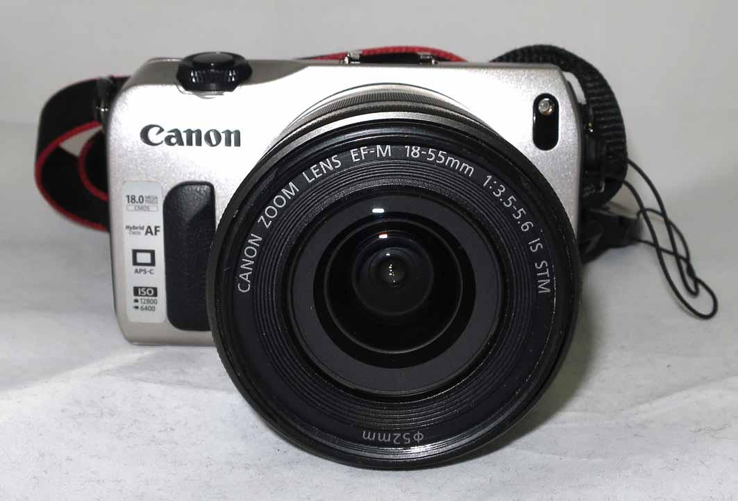Фотоаппарат Canon EOS M 18-55 kit б/у