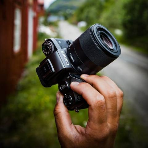 Объектив Canon EF-M 32mm f/1.4 STM описание
